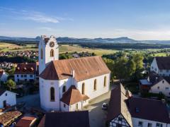 Luftaufnahme Altstadt mit Blick auf die Sankt Nikolauskirche