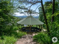 Pavillon oberhalb der Aachquelle